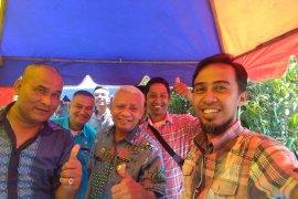 Plt Bupati Asahan minta kritikan dari wartawan