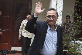 Ketum PAN Zulkifli Hasan pergi dari kediaman Prabowo