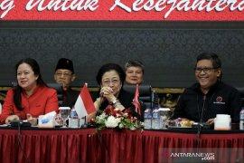 Megawati pesan kader tidak euforia sikapi putusan MK
