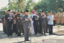 Wagub ajak masyarakat Kalbar bersatu peringati Hari Berkabung Daerah