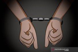 Polisi amankan pelaku penganiayaan  gunakan sajam dan senpi rakitan