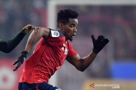 Lyon bajak dua pemain Lille, Thiago Mendes dan Youssouf Kone