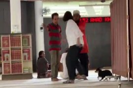 Polres Bogor tangani wanita bawa anjing ke dalam Masjid yang viral di medsos