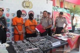 Polisi Blitar ungkap sindikat jual beli kendaraan ber-STNK palsu