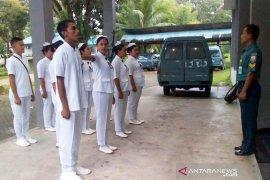 Mahasiswa Halmahera Utara praktek klinik maritim di Lantamal IX/Ambon