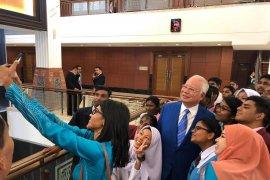 Mantan Perdana Menteri Malaysia Najib Razak: Hutang pemerintah capai RM 800 miliar