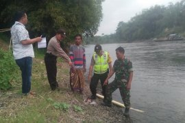 BPBD libatkan Basarnas cari bocah tenggelam di Sungai Brantas