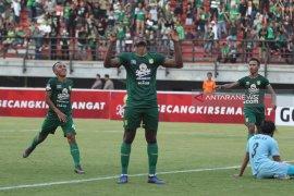 Persebaya kalahkan Persib Bandung 4-0