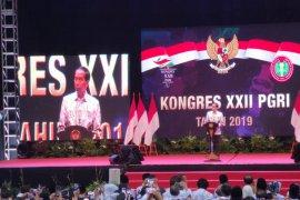 Jokowi: Pembangunan infrastruktur bukan semata urusan ekonomi
