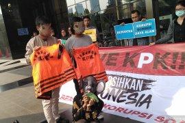 Masyarakat juga perlu terlibat dalam seleksi calon pimpinan KPK