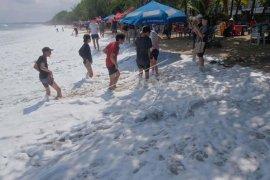 Gelombang tinggi selatan Bali