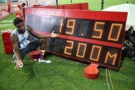 Noah Lyles raih emas 200m putra