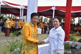 Bupati Bangka Tengah terima penghargaan Manggala Karya Kencana