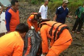 Perempuan korban tenggelam di Sungai Ciwulan Tasikmalaya telah ditemukan