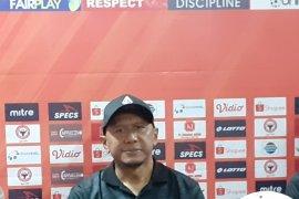 PS Tira duduki puncak klasemen meski ditahan Madura United