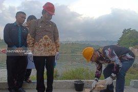 Manajer UP3 PLN Sibolga letakkan batu pertama objek wisata Sibandang green island