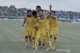 Sriwjaya FC menang 2-0 atas PSCS Cilacap Page 1 Small