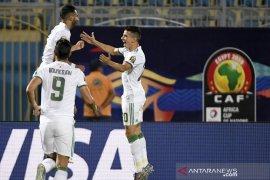 Aljazair melenggang ke delapan besar