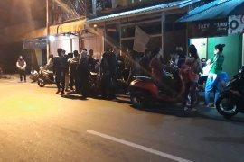 Masyarakat  Ambon takut balik ke rumah setelah gempa 7,1 SR