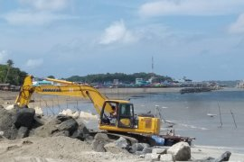 DPRD Ternate diminta tidak batalkan anggaran reklamasi pantai