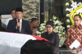 Doni: Pemakaman Sutopo ala militer dengan peserta PNS