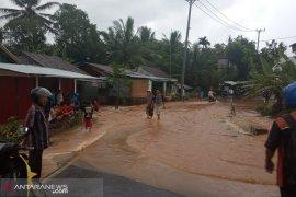 Sejumlah permukiman di Kota Bengkulu terendam banjir