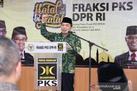 PKS hormati pertemuan Jokowi dengan  Prabowo-SBY