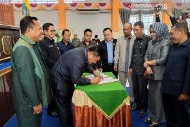 Kotabaru mengesahkan Raperda metrologi legal