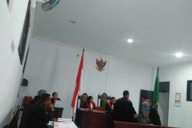Tersangka korupsi DD - ADD di desa Air Besar sodorkan kwitansi kosong