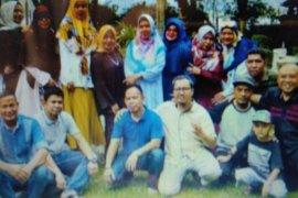 Alumni UMJ 92 rajut kebersamaan di Situ Gintung