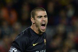 Barcelona tunjuk Victor Valdes untuk membesut tim akademi