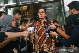 Mata uang rupiah dan asing terkait OTT Kepri diamankan KPK