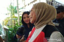 Ratna Sarumpaet: fakta sidang tidak menunjukkan saya bersalah