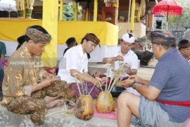 Wabup Bangli apresiasi masyarakat tetap pertahankan tradisi leluhur