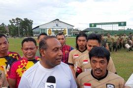 Pangdam Tanjungpura tanding sepak bola lawan wartawan Kalbar
