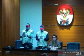 Gubernur Kepri Nurdin Basirun resmi ditahan
