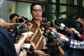 KPK temukan tas-kardus berisi uang di rumah dinas Gubernur Kepri