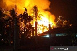 Lima rumah warga Blang Pulo ludes dilalap si jago merah