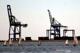 Penambahan alat RTG di Makassar New Port Page 1 Small
