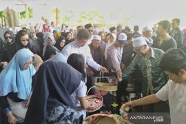 Mantan Bupati Bandung Barat dimakamkan di Kota Mas Cimahi