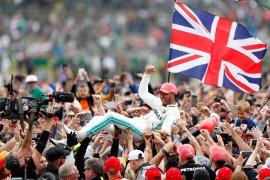 Lewis Hamilton cetak rekor enam juara di GP Inggris