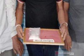 Tiga pria di Aceh Utara diciduk saat bahas penjualan sabu