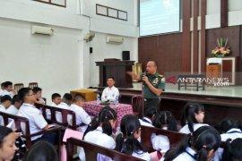 Peduli pendidikan, Kodim 0204/DS beri wawasan kebangsaan kepada siswa