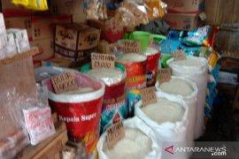 Harga beras antarpulau di pasar tradisional Ambon bertahan
