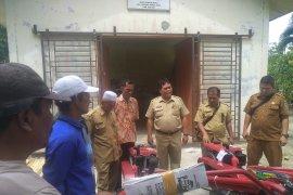 Dinas Pertanian Asahan Serahkan 8 unit  hand traktor ke Koptan