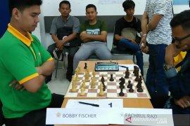 Famela dan Fachrul juara Selekda catur Pomnas