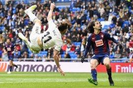 Barcelona tarik lagi  pemain muda dari Eibar