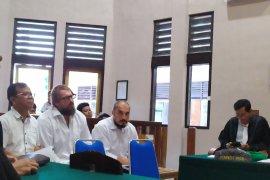 Mencuri, WNA Rusia dan Ukraina diadili di PN Denpasar
