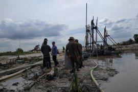 Tim gabungan tertibkan aktivitas tambang timah ilegal di Bangka Tengah