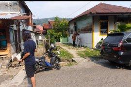 Densus 88 geledah rumah warga di Berok Nipah Padang